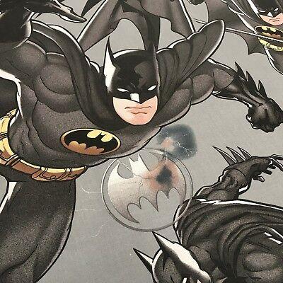 Grau 100% Cotton Dc Marvels Comic Batman Dark Knight Handwerk Stoff 58 MH869-5