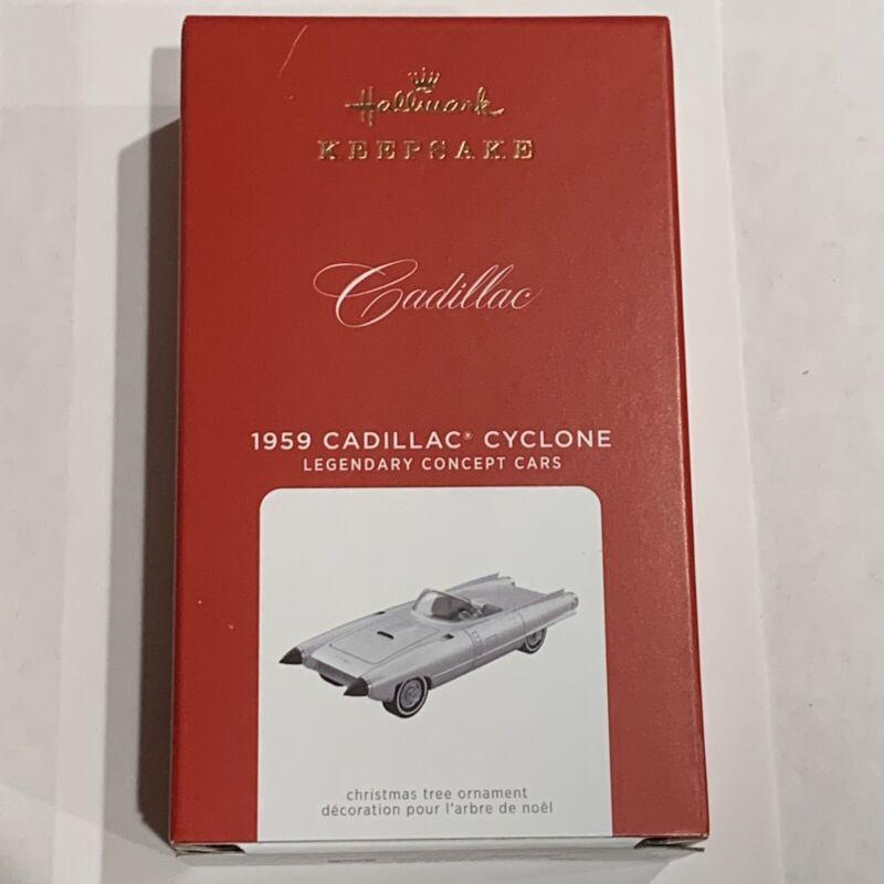 New 2021 Hallmark 1959 Cadillac Cyclone Legendary Concept Cars Metal Ornament