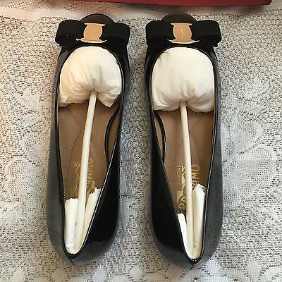 NWB Salvatore Ferragamo Varina Bow Logo Flats Patent Leather Black 6B $525