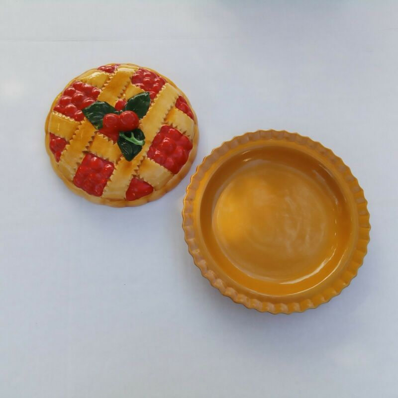 Ceramic Cherry Pie Plate With Lid Covered Keeper Server Plate Holder