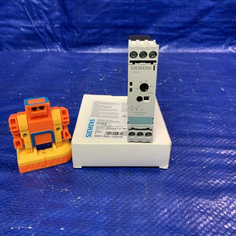 Siemens 3RP1525-1AQ30 Time Relay
