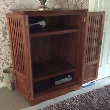 T V CABINET TIMBER Macquarie Links Campbelltown Area Preview