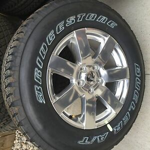 Brand new dealer take off wheels and tires. Jeep jk 2016 London Ontario image 2