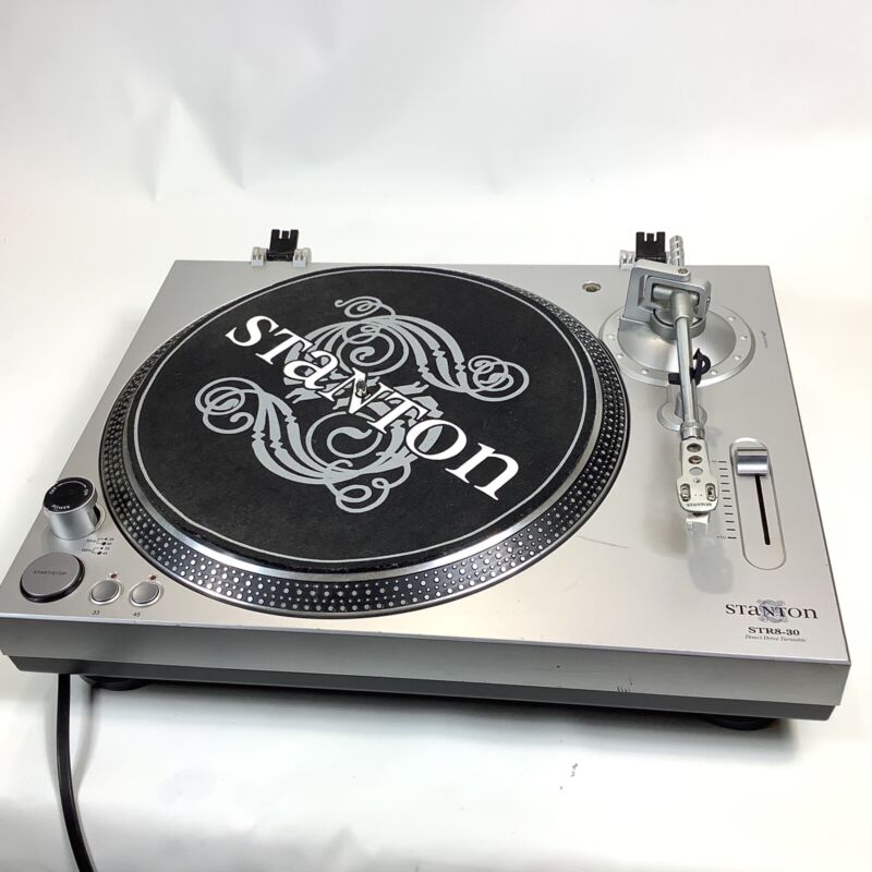 Stanton STR8-30 Direct Drive Turntable Tested No Needle No Lid DJ Record Player