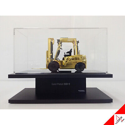 HYUNDAI 1/25 30D-9 FORKLIFT TRUCK Diecast Gold Plating Heavy Equipment Miniature