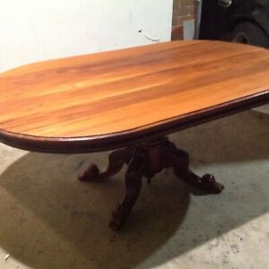 Dining table solid Mahogany empire style
