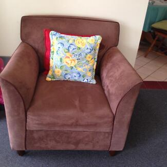 Very clean and almost new couch Fairfield Fairfield Area Preview