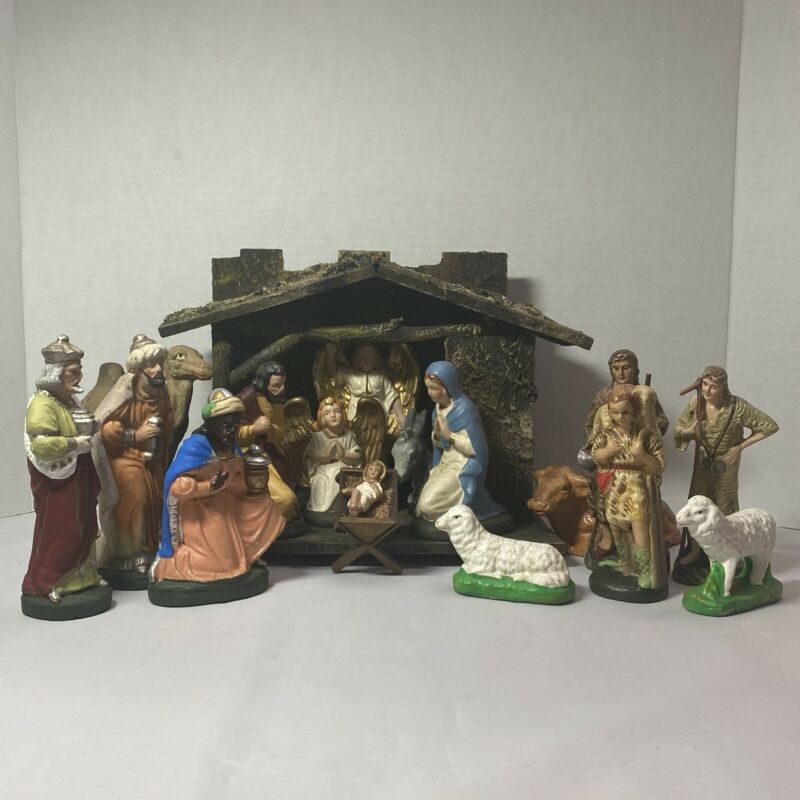 Vintage Early German Nativity w/16  Figures & Creche, Hand Painted Papier Mache