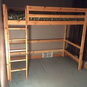 Loft Bed Desk Kijiji Free Classifieds In Ontario Find A Job Buy A Car Find A House Or