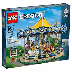 LEGO Creator Expert Carousel Building Set with 7 Minifigures, 2670 Pieces