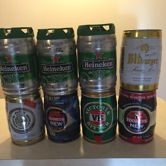 5 litre mini beer kegs (great for the man cave) Glen Alpine Campbelltown Area Preview