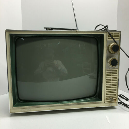 Vintage Zenith TV Black And White In Good Shape