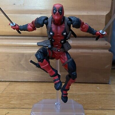 Set Of Deadpool Revoltech And Joker SH Figuarts Injustice