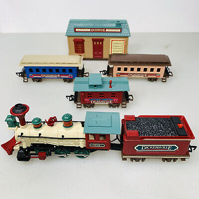Vintage 1989 Battery Operated New Bright Dickensville Christmas Train Set Tested