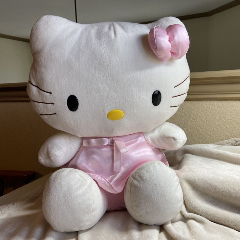 Hello Kitty Sanrio Nakajima Cute & Sweet  X-Large Plush Pink Nightgown Dress