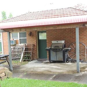 Granny flat , self contained Abermain Cessnock Area Preview