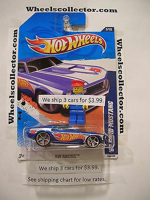 10 Ford Racing Mustang ('69 FORD MUSTANG * 2011 Hot Wheels * Blue * HW Racing 5/10 *)