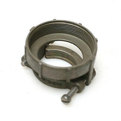 Amphenol 97-3057-1024 Cable Clamp