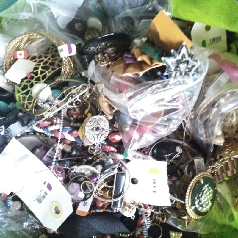 Jewelry Large Lot 24 lb Vtg to New some tagged Good Wearable & Craft Repair Used