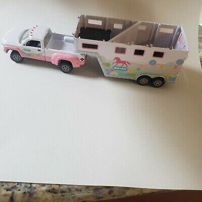Breyer Horse Stablemate Accessory pink Park and Ride Truck Trailer Pony Gals