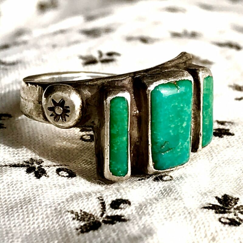 1930 Well Worn Pawn Navajo Native Rare Old Oval Vivid Blue Turquoise Silver Ring