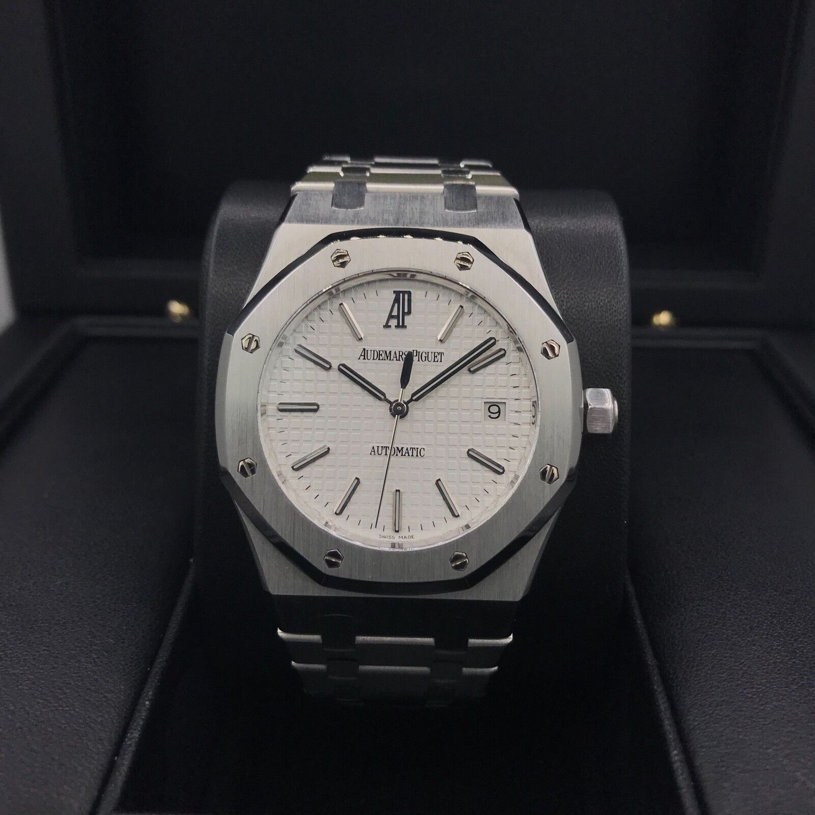 $13995.00 - Audemars Piguet Royal Oak Stainless Steel 39mm White Dial 15300ST.OO.1220ST.01