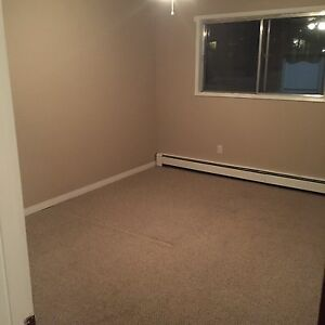 1.5 Bedroom near Northgate Mall Edmonton Edmonton Area image 6