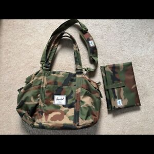 Herschel Strand Sprout baby diaper bag in Camo