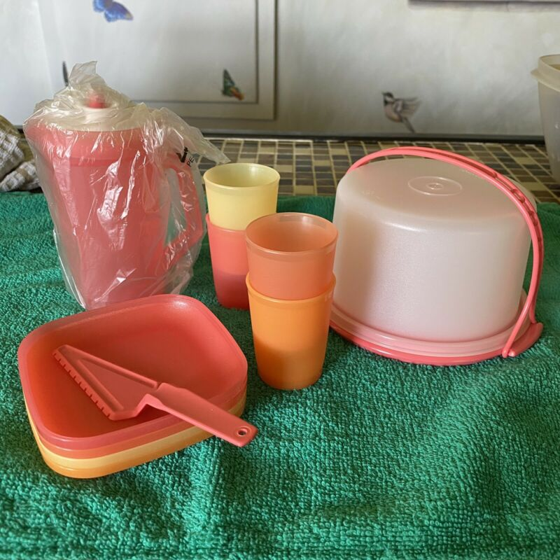 Tupperware Mini Tea Party Cake Picnic Lunch Set New