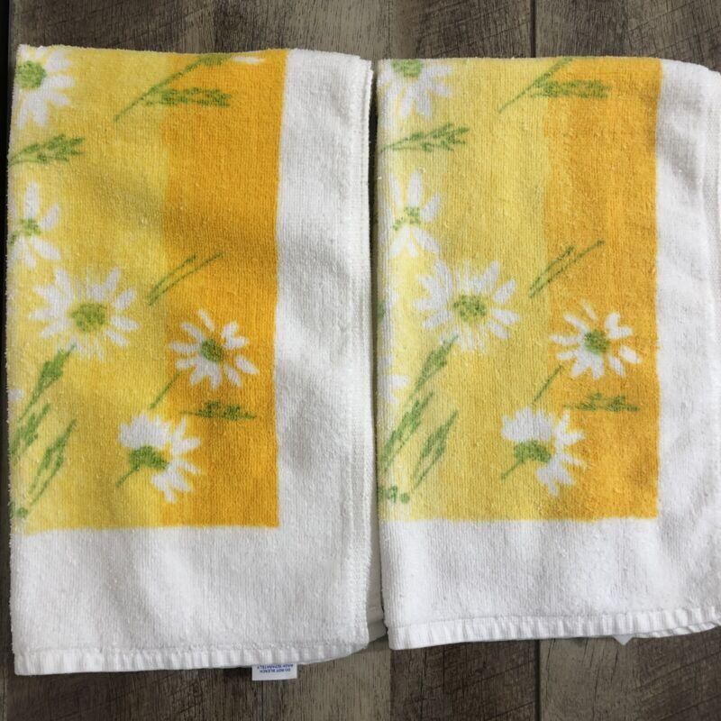Vintage Set of 2 Vera Neumann Cotton Blend Hand Towels ~ Burlington