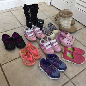 Toddler size 6/7 shoes