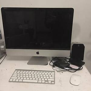"21.5"" iMac (late 2009) with keyboard and wireless mouse! Melbourne CBD Melbourne City Preview"