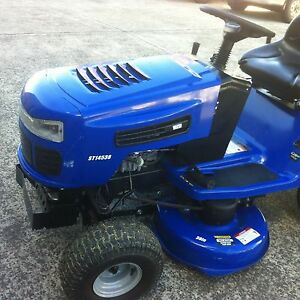 Ride On Lawn Mower Unanderra Wollongong Area Preview