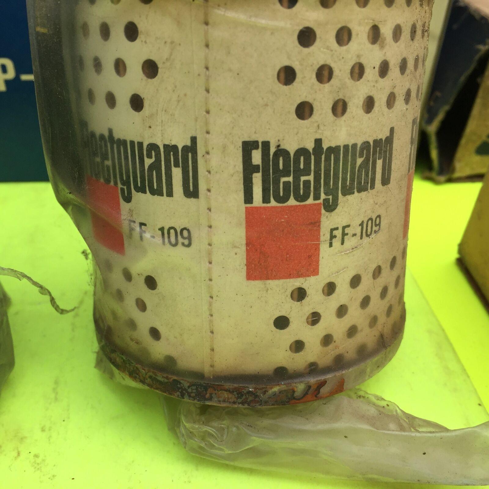 Cummins, and other,  filter.    Fleetgard FF 109.       Item:  4662