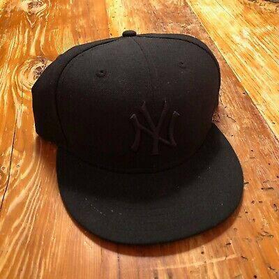 huge selection of d32b1 4cab2 Men s NY Yankees New Era Black Primary Logo - 59FIFTY Fitted Hat - Size 8