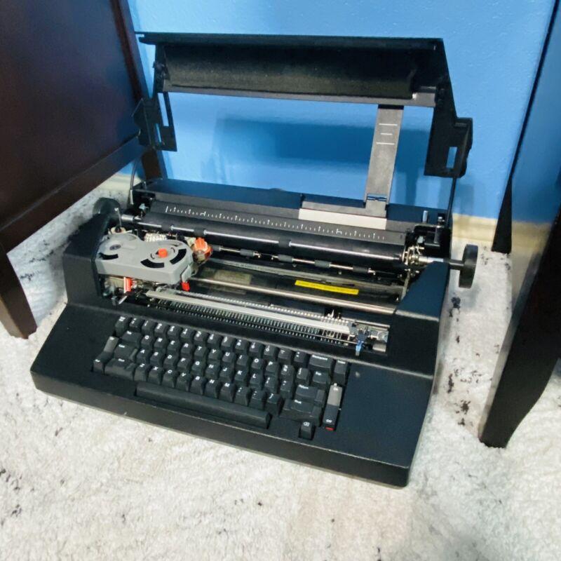 IBM Correcting Selectric III Typewriter - VINTAGE Black