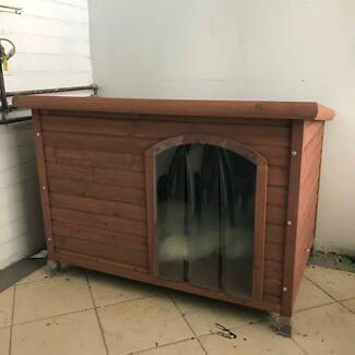 Flat Roof Dog Kennel Large