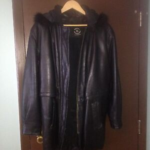Women's leather winter coat  large