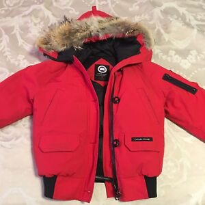 Canada Goose Red Chilliwack Bomber (Small)