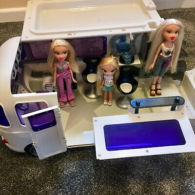 Bratz Doll Bundle Forever Diamondz Tour Bus Play Set 3 Dolls Cloe Kidz