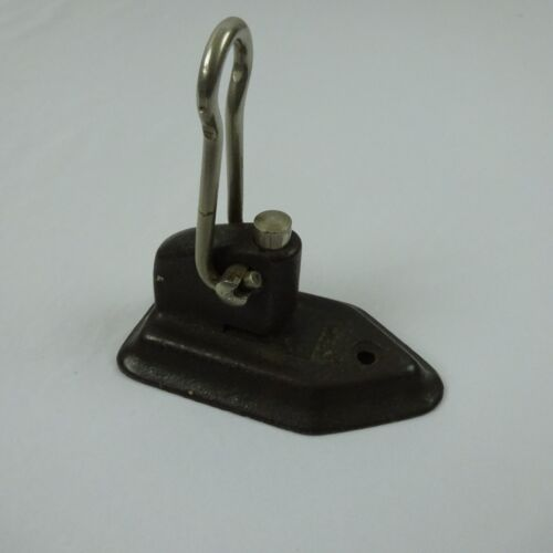 Vintage Wilson Jones Cast Iron Single Hole Punch