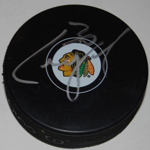 CAM WARD signed (CHICAGO BLACKHAWKS) Souvenir logo hockey Puck W/COA