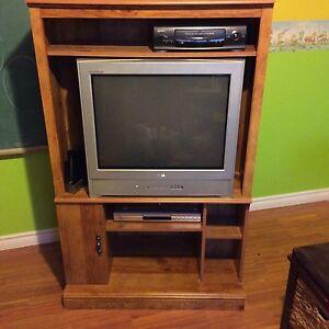Meuble et télé