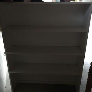 WHITE BOOK CASE - 4 x Shelf - FOR SALE $35.00 Richmond Hawkesbury Area Preview