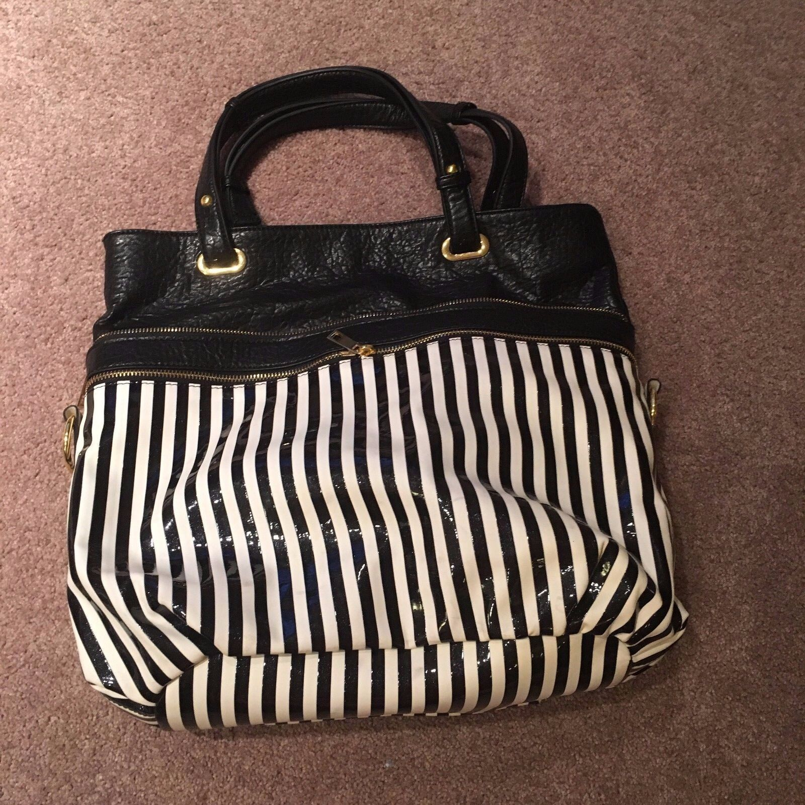 Ladies New Directions pocketbook black white striped leather women's purse