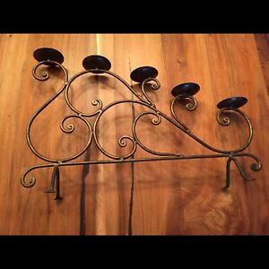 Chandelier 5 branches en fer  Candle holder 10$