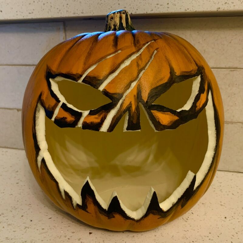 Batman: The Long Halloween Pumpkin