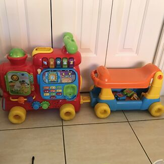 V tech train ride on rrp $99 excellent condition