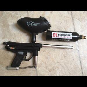 Paintball Gun and Hopper
