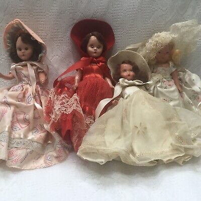 Lot Of  4 Vintage 1940's Story Book Dolls And Box